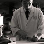 御料理 大嵓埜 - 老舗料亭出身の料理長が、季節に合わせた旬の素材を、熟練の技を用いて美しい一皿へ昇華。