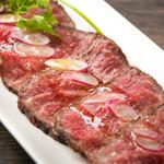 エロうま野菜と肉バル カンビーフ - カルパッチョの威力は短角牛だけです!最高の味わい!