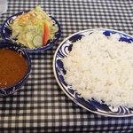 PILIPILI - 本日のランチD インド風チキンカレー