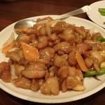 萬華 - 鶏肉のカシューナッツ炒め