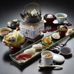 にぎり寿司と季節の土瓶蒸し御膳