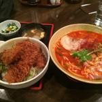 53811772 - 地獄ら~めん(大辛)の大盛+ヒレ肉のソースカツ丼【料理】
