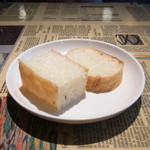 クッチーナ プラス オーブン ピアノ - パン(おかわりできます)