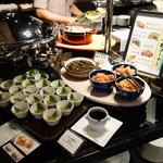 チャコールグリルケヤキ - 店内(朝食利用)