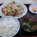 七福 - 焼肉定食です。