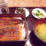 尾張屋 - 鹿児島産・うな重(1650円)