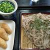 Ajidokoroumami - 料理写真:ざるそば=620円 いなり=180円