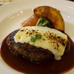 洋食屋 神戸デュシャン - ラクレットチーズの手ごねハンバーグステーキ 1700円