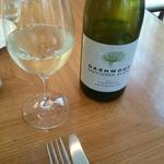 53829645 - ニュージーワイン!と嫁さん(*^^*)