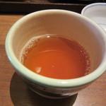 一保堂茶舗 喫茶室 嘉木 - 20160720 御抹茶の口直しの温かい番茶