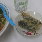 おおもり食堂 - 大葉の天ぷら