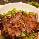 焼肉ダイアナ - 料理写真:ステーキ丼