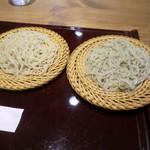 蕎麦 てる久 - 二色そば(二八、しそきり)
