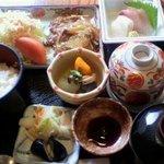 石水 - お好み膳 焼肉 1050円