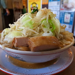 太一商店 - ラーメン(カチ盛り、野菜、タレ多め、2016年7月3日)
