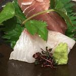 53850307 - 鮮魚のお造り2点盛り