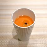 SUGALABO - トマトのガスパチョとオリーブオイル