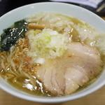創彩麺家 野の実 - ワンタン塩らぁ麺 980円。