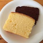 53858422 - レモンケーキ・チョコケーキ