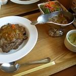 53874153 - 牛肉カレー(ごはん大盛)1100円