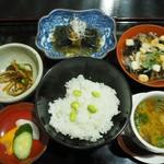 渋川問屋 - 料理写真:10品中6品