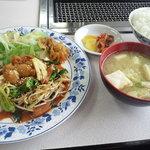 5389536 - ホルモン炒め定食
