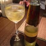 53891094 - ワインソーダ、と言う名のタイで人気のお酒。