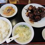 萬福餃子房 - 黒酢豚定食(シューマイ付) 850円