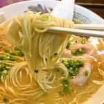 なかつ宝来軒 - 極細の麺