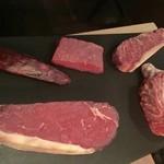 53898586 - 本日の肉のラインナップ