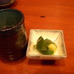 539151 - お茶と漬物
