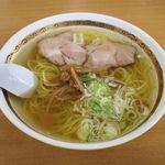りんさん - 料理写真:塩ラーメン(500円)