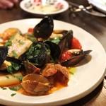 島之内フジマル醸造所 - ムール貝とアサリのトマトソース オレガノ風味パッケリ