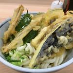 さぬきうどん香川 - 料理写真:野菜天ぶっかけ(*´д`*)680円 冷で頂きました