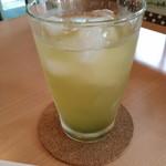 茶の市 - ドリンク写真:水出し緑茶(アイス)