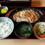 きそば 札幌 小がね - かつ丼(1000円)