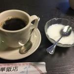 53927723 - デザート杏仁豆腐
