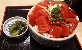 鮪小屋本店 サンロード店 - ぶつ丼W890円
