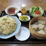 龍苑 - 料理写真:シューマイ定食(炒飯変更)