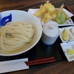 手打うどん 寿庵 - トリオ天うどん(980円)