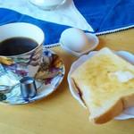 四季路 - コーヒー(430円)とモーニング