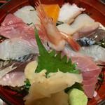 53943676 - 海鮮丼 ¥980