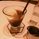 チアーズ - コーヒーフロート