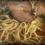 蘭 - 麺とチャーシューはこんな感じ。