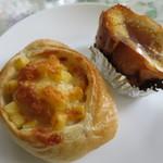 BAKE HOUSE テディ - チーズフランスとメープルのパン。