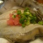 寿司居酒屋 七福 - 天然岩牡蠣 徳島産