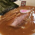 煮干しらーめん 玉五郎 - スープから煮干感。スープは美味しいが方向性が見えなかった。じわじわ心に沁み入る系なのかな。