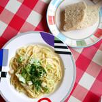 デル・ソーレ - ベビーホタテとキャベツのクリームスパゲッティ セット ¥900