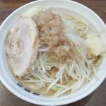爆麺亭 - 爆麺+野菜ニンニク
