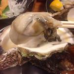 牡蠣とシャンパン 牡蠣ベロ - 2000円の生かき